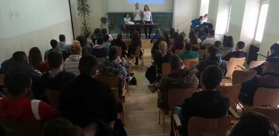Predavanja povodom obeleženja 1. decembra Svetskog dana borbe protiv side